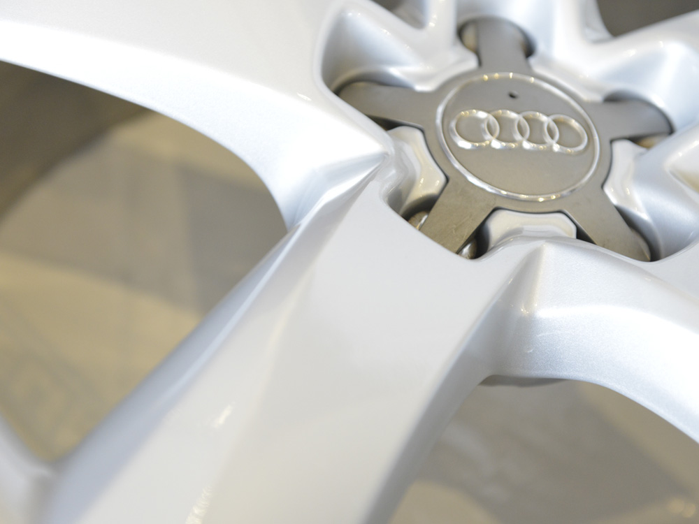 Audi rim powder coated
