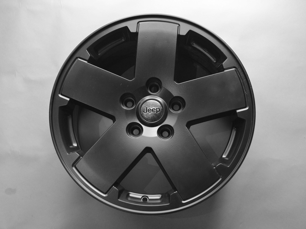 Jeep Grand Cherokee 18 inch rims for sale