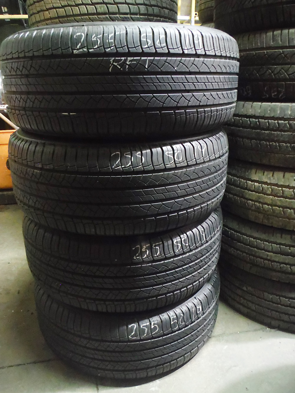 Michelin 255/50R19 runflat tires for sale
