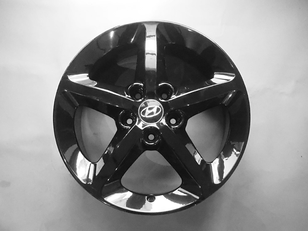 Hyundai 17 inch original Rims