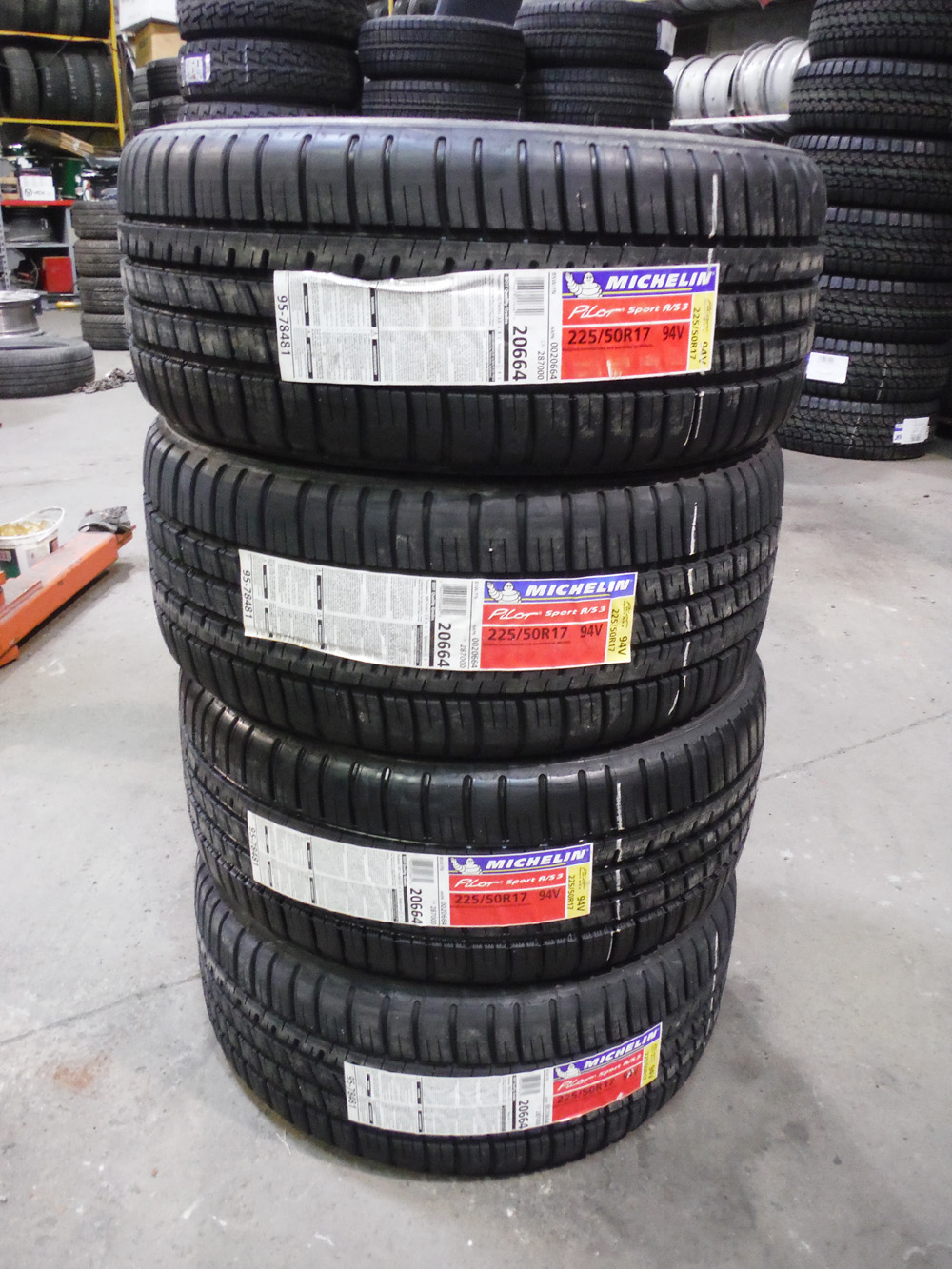 Michelin Pilot Sport AS3 225/50R17 Tires for sale