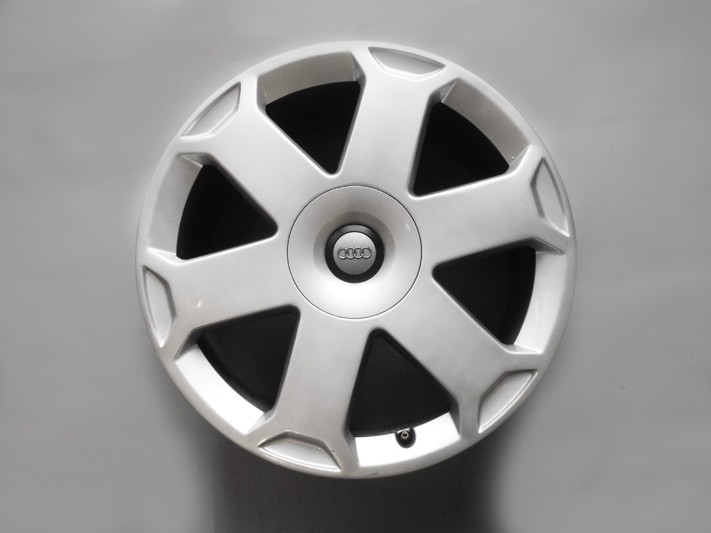 Audi 18 inch rims for sale