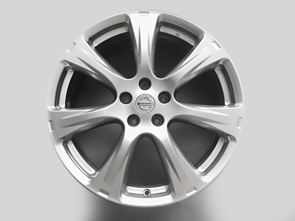 nissan pathfinder 20 inch oem rims for sale