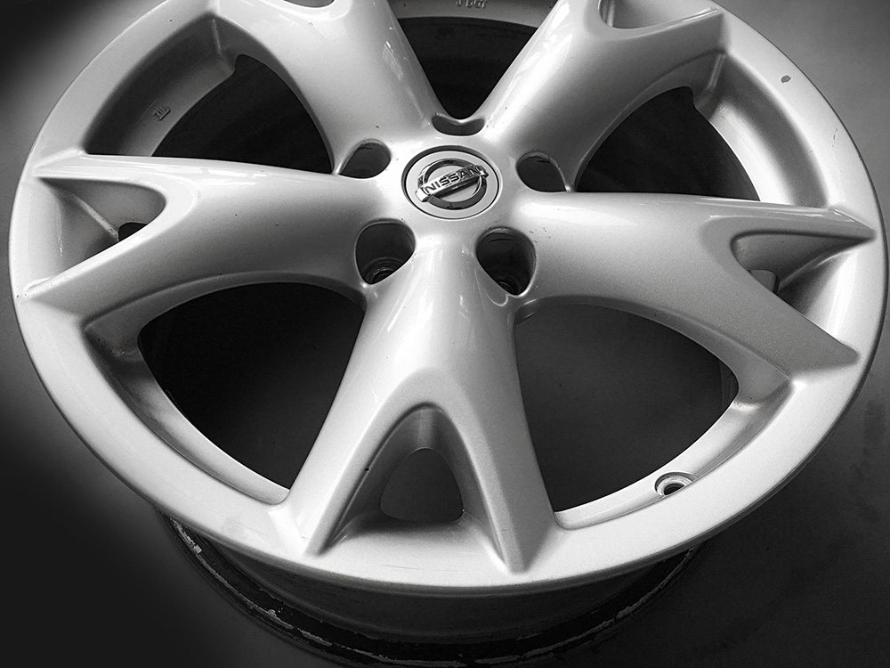 Nissan Murano oem 17 inch rims for sale