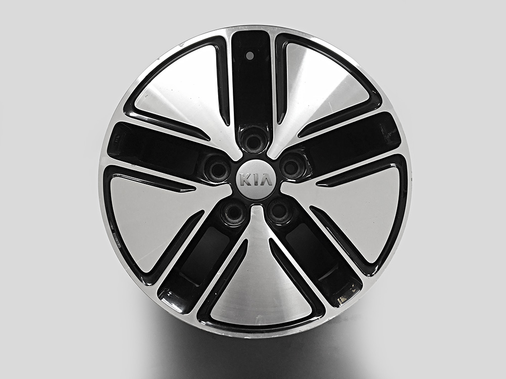 Kia Soul oem 16 inch rims for sale