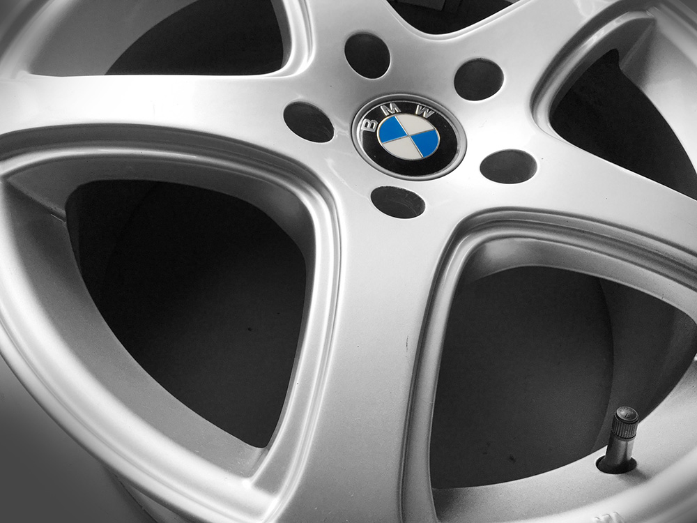 17 inch  bmw alloy rims for sale