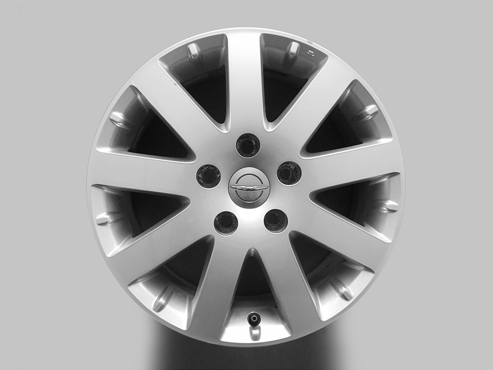 Chrysler town & country used oem rims 17 inch