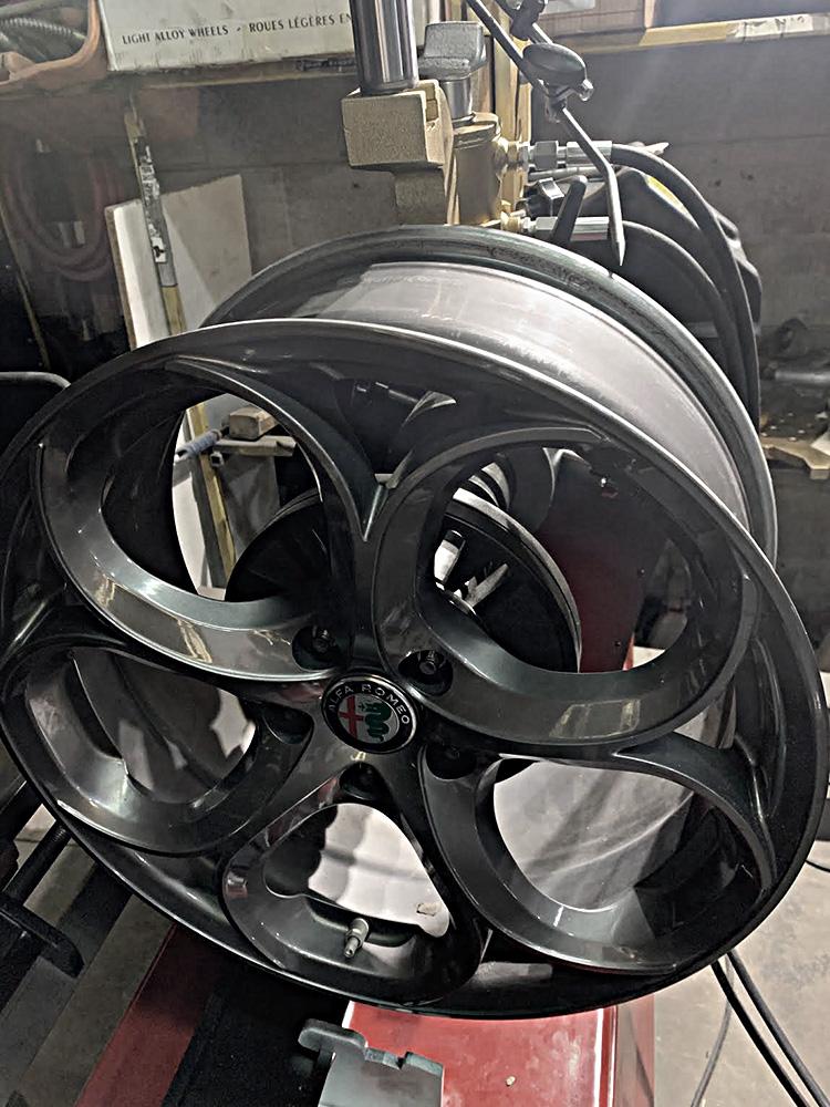 bent-rim-repairs-0-2
