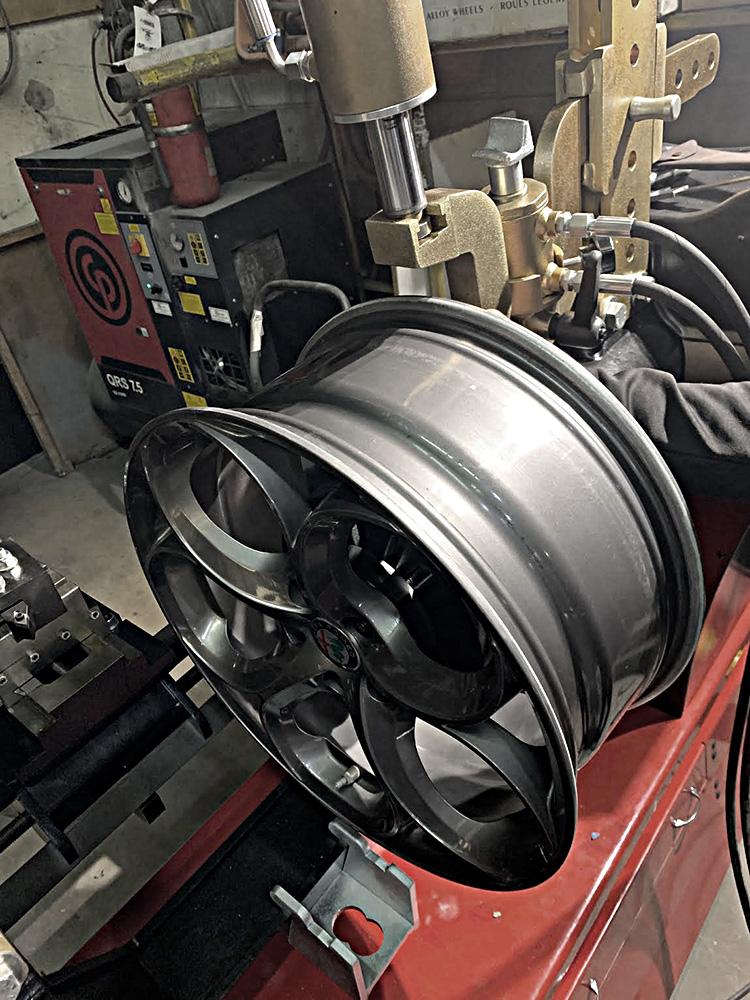 bent-rim-repairs-0-3